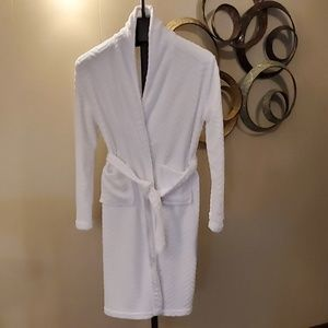 Ulta Beauty Soft Mid Length Robe